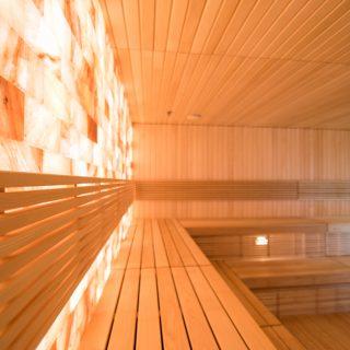 Saunos įrengimas su himalajų druskos siena visoje Lietuvoje